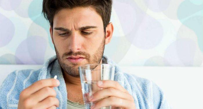 Нельзя пить антибиотики без назначения врача