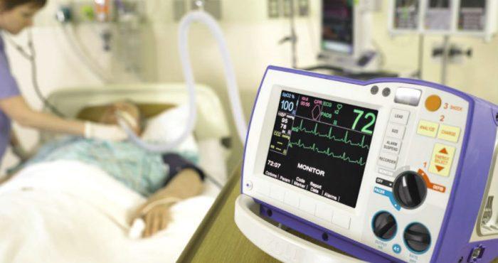 Пациент на аппарате жизнеобеспечения