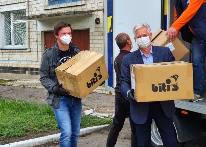 Помощь Дмитрия Комарова медикам Украины
