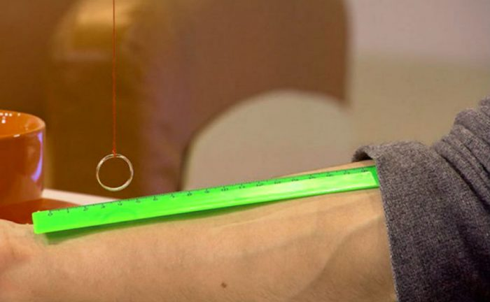 Измерение давления с помощью линейки и маятника