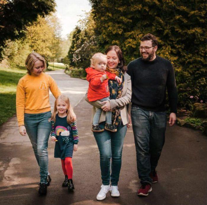 Хейли, Аксель и их дочери