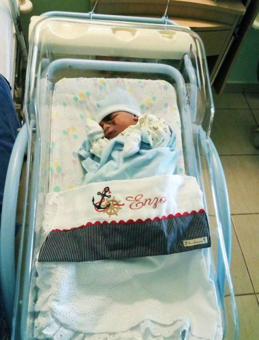 Новорожденный Энцо
