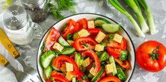 Салат з помідорів і огірків