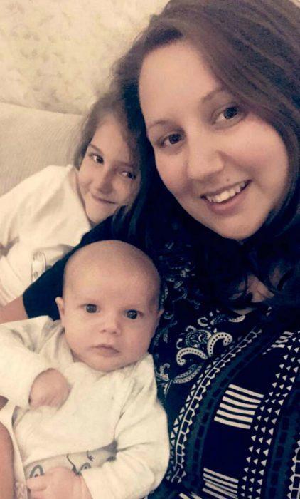 Алекс со своими детьми