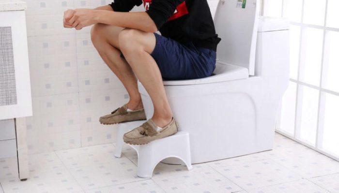 Туалетная подставка для ног