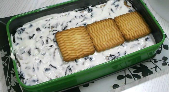 Торт с черносливом и орехами. Шаг 5