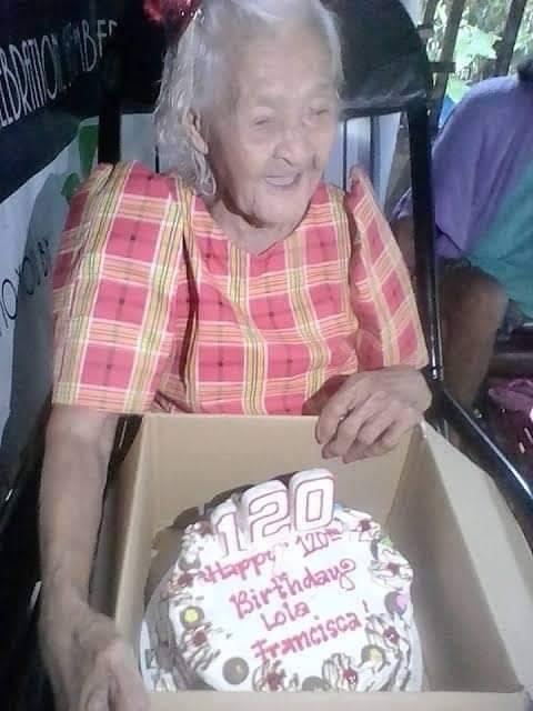 Найстаріша жінка на Землі