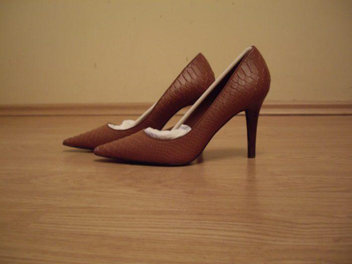 Вред туфлей на высоком каблуке для стоп