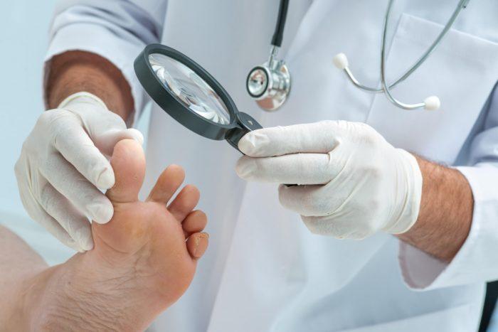 Осмотр дерматолога