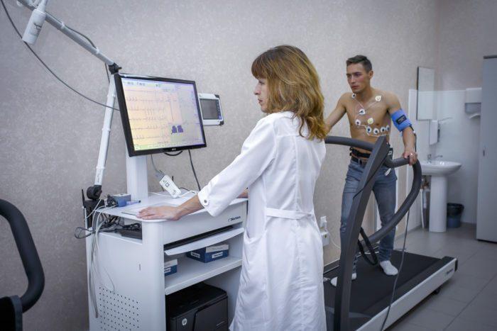 Проведение ЭКГ во время физической нагрузки