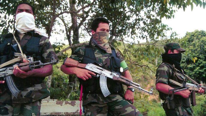 Незаконные вооруженные группировки в Колумбии следят за соблюдением карантина