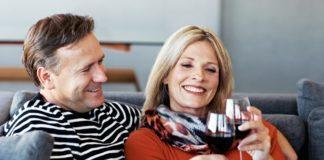 Зв'язок між раннім подружжям і алкоголізмом