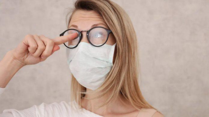 Окуляри запотівають від маски