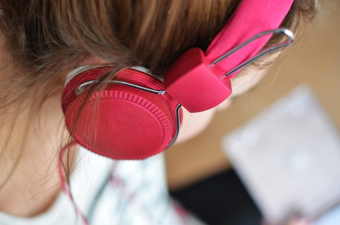 Мурашки от прослушивания понравившейся песни