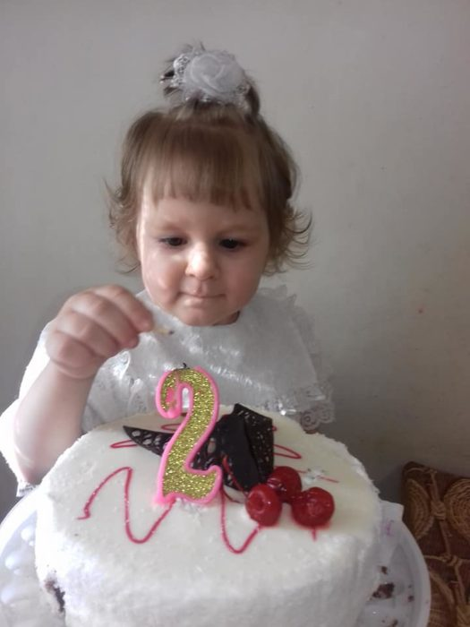 Анечка отпраздновала свой второй день рождения, будучи в стадии ремиссии