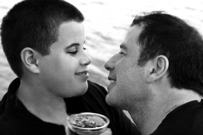 Джон со старшим сыном Джеттом