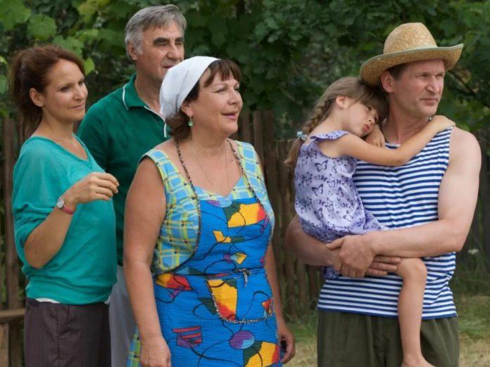 Кадр из сериала «Сваты»