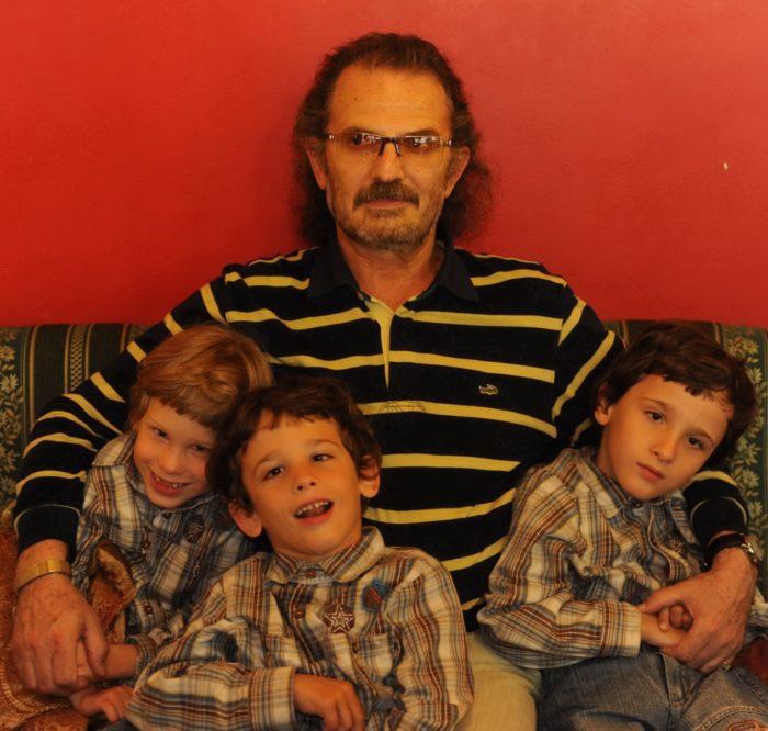 Андрей, Паша и Петя с папой
