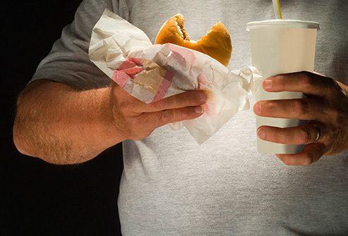 Нездорова їжа збільшує шанси на онкологічні захворювання