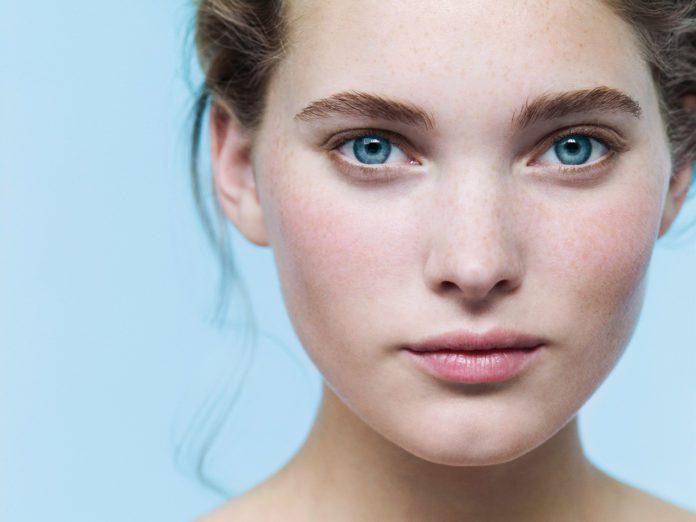 Дуже важливо підбирати правильний догляд за шкірою