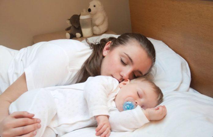 Во время совместного сна будьте максимально осторожны