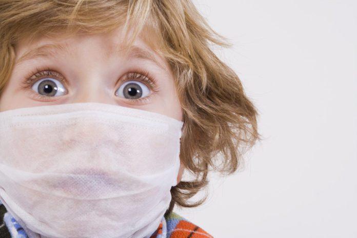 Детям до 2 лет маски носить нельзя