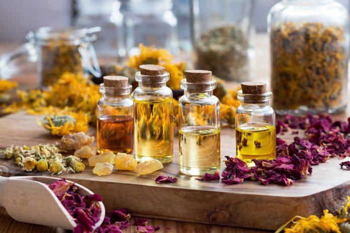 Эфирные масла, которые полезны вашей коже